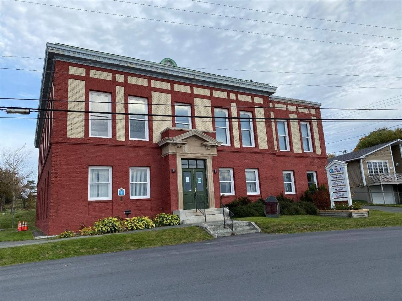 Bay Roberts Cable Building on the Baccalieu Coastal Drive