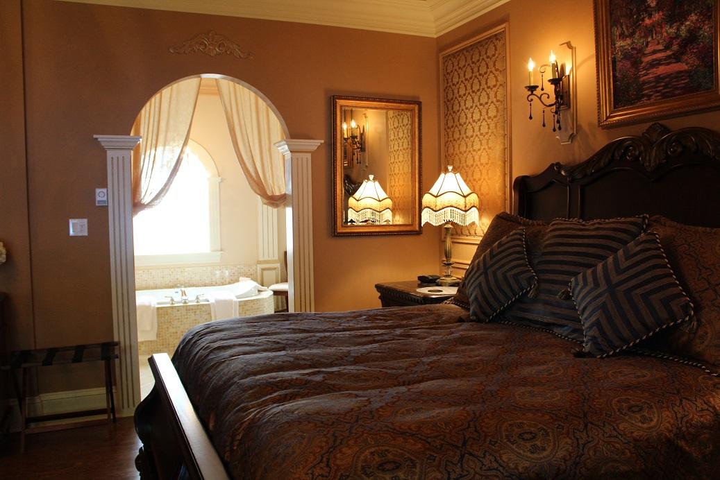 Rose Manor Inn Interior