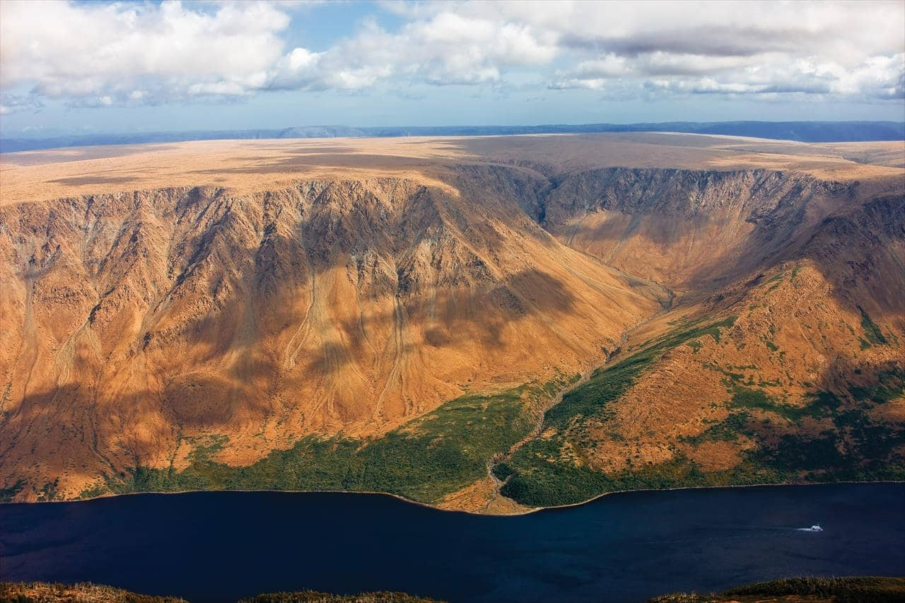 See the sea in Gros Morne - Tablelands